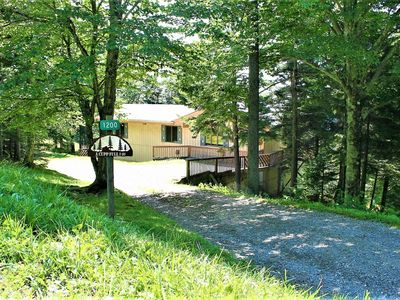 Photo for Hot Tub, Fireplace, Flat Screen with Satellite, Open Living Area, Shuttle Bus, INTERNET