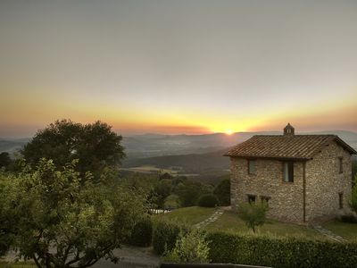 Photo for Charming villa in the heart of Tuscany