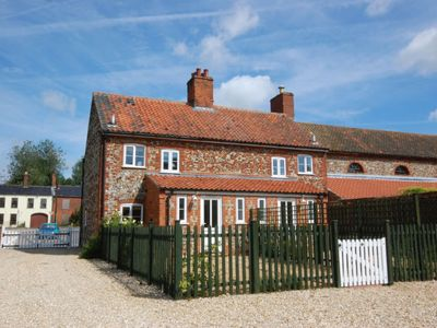Photo for Vacation home 18 The Green in Fakenham - 5 persons, 3 bedrooms