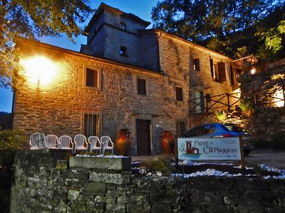 Photo for Lily: accommodation in a converted farmhouse of 700 in the valley of the river Santerno
