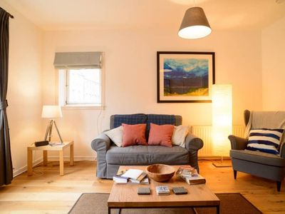 Photo for Cool Royal Mile Relaxed Apartment - Old Town