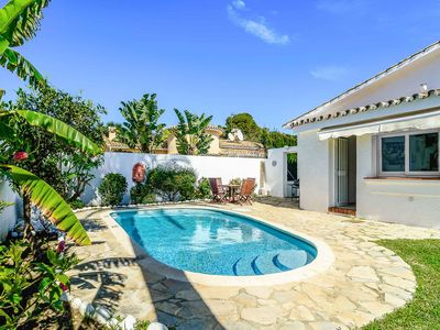 Photo for Villa Barclay - Has a private pool, game consoles, WI-FI & A/C plus table tennis