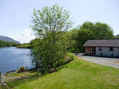 Photo for 2 bedroom property in Gairloch. Pet friendly.