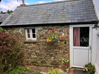 Photo for Honeysuckle Cottage on edge of Dartmoor, pet friendly
