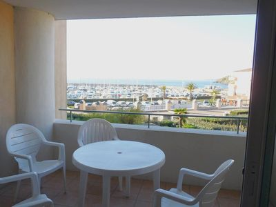 Photo for T2 sea view and port with swimming pool in the field of La Coudoulière