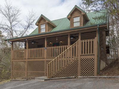 Photo for Private - .5 miles to Parkway - King Beds - Free WIFI - 2 Fireplaces