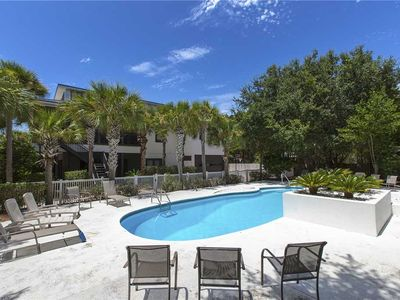 Photo for Villa Rosa - 30A, Heated Private Pool, Complimentary Bikes, Game Room!