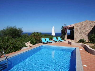 Photo for Villa Giada, 300 m to the sea, air conditioning, pool open from April to November