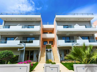 Photo for Terraced Houses Sandy Point Villas, Agia Marina  in Kreta - 8 persons, 4 bedrooms