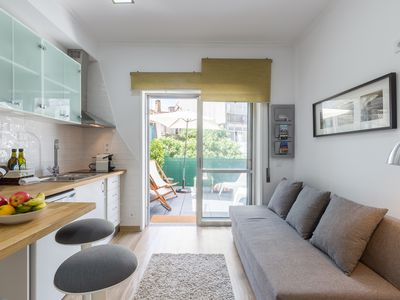 Photo for Bright Cozy Flat w / Terrace | Ace Location