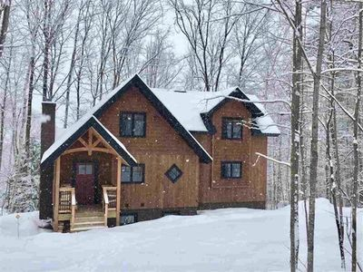 NEW - Beautiful mountain home steps to Okemo, Great for Wedding stays