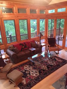 Photo for BUFFALO RIVER Sleeps 14 with 5 bedroom/3.5 bth, 2 living rooms/ 10ft from river