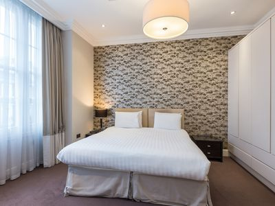 Photo for Superior Central Two Bedroom Apartment, AC, 24 Hour concierge, daily housekeping