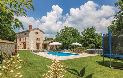 Photo for 4 bedroom accommodation in Basici