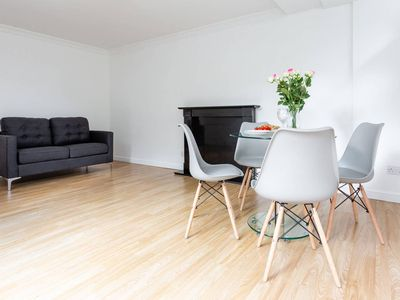 Photo for 2 Bedroom Flat In Hammersmith Near The Thames