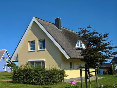 """Photo for House / Thatched Cottage - Holiday House """"To Hus"""" Vieregge-Rügen"""