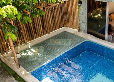 24h outdoor pool