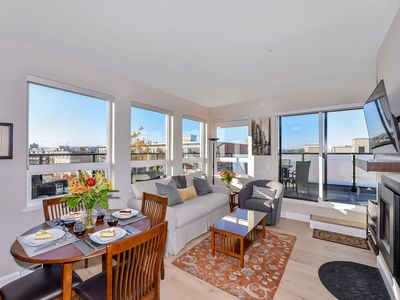 Photo for Perfect Downtown Location with View  - Free Parking & WiFi Gas Stove & Fireplace