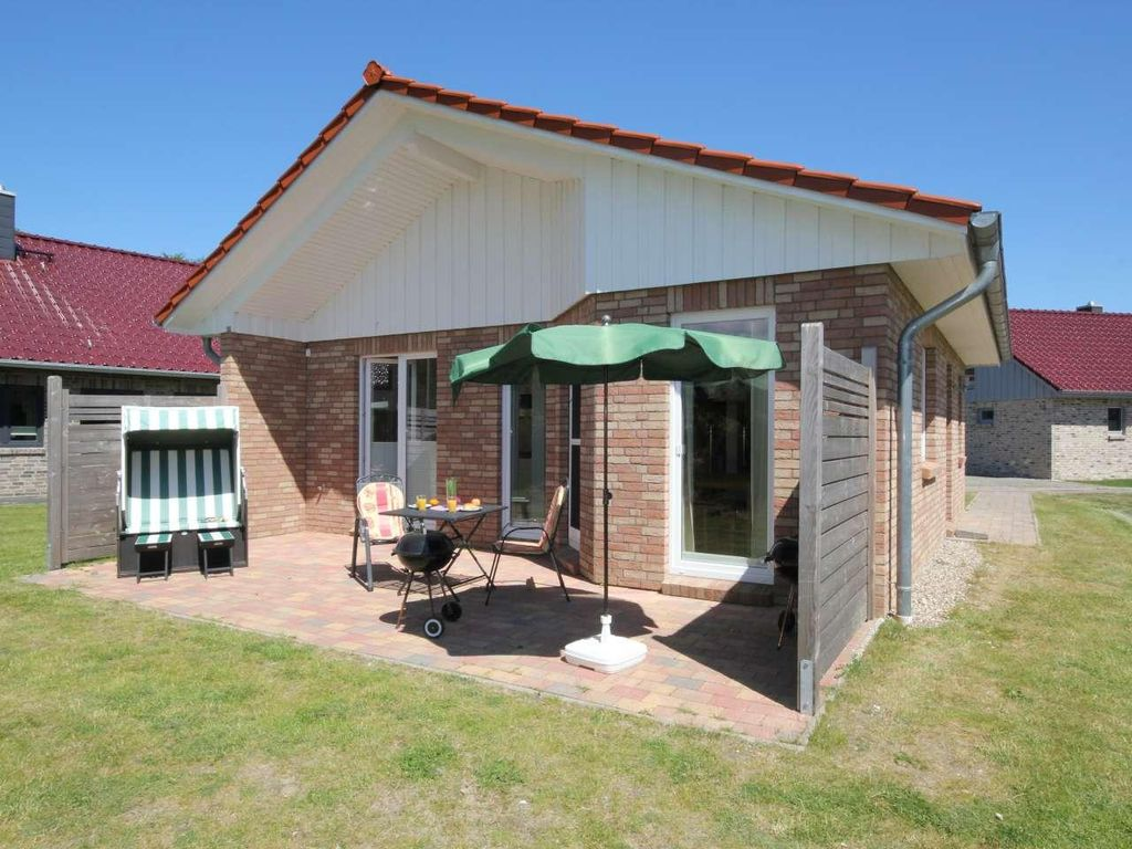 High quality holiday home complex in a beautiful location and 200m from the beach. Photo 1