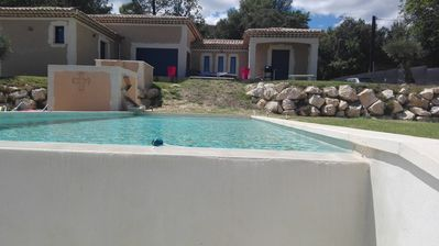 Photo for Superb villa with swimming pool between Gard and Ardeche 30 minutes Avignon.