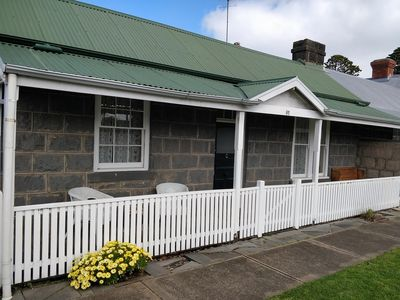 Photo for Pips on Bank - Luxury Cottage Accommodation