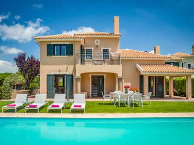 Photo for 4 bed Villa w/pool, free Wi-Fi & a/c, a short walk from restaurants & beaches