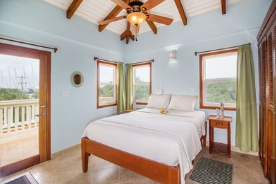 Bright and beautiful Casa Edgell:  private  and serene with a Caribbean breeze