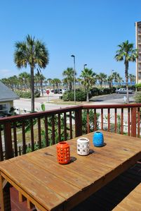 Large Deck with beach view and dining table