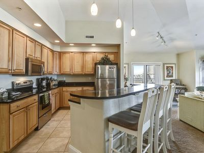 Photo for Great Views - Wi-Fi, Pool, Sleeps 10 - Near Convention Center!