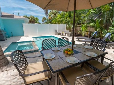 Located 1-2 Minutes Away from the Gulf! Last Minute Winter Savings!