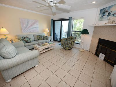 Photo for BEAUTIFUL UPDATED TOWNHOME away from home!