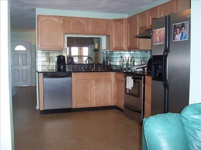 Fully Equipped Gourmet Kitchen & W/D