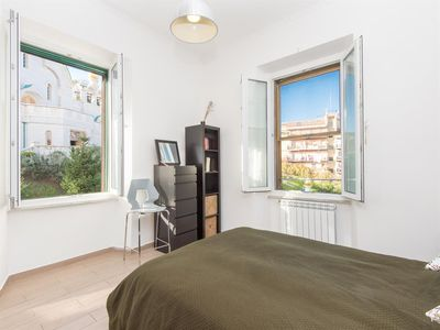 Photo for Apartment 1.2 km from the center of Rome with Internet, Air conditioning, Parking, Washing machine (906881)