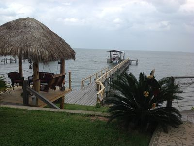 Waterfront Suite @ Come Friday Cottages