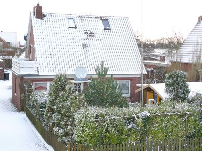 Photo for Norddeich Apartment, Sleeps 4