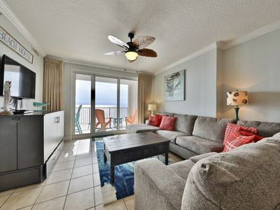 Photo for Emerald Paradise 6th floor 4BR 3BA, Beautiful end unit w/ beautiful view!