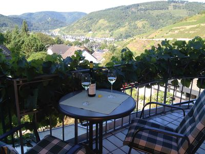 Photo for Quiet apartment with a beautiful panoramic view over the vineyards!