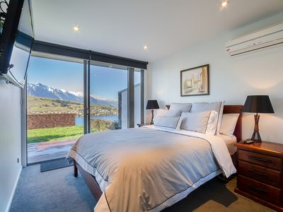 Photo for 3BR House Vacation Rental in Queenstown, OTA
