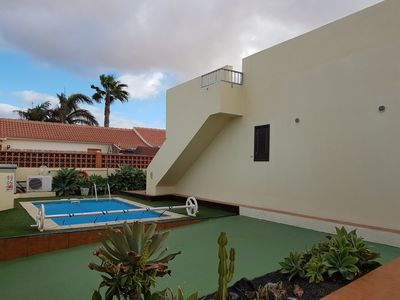Photo for Lovely Villa, Close To Heart Of Corralejo Town & Beach, Private heated pool,Wifi