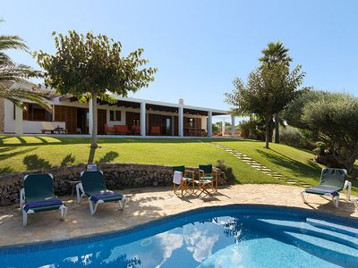 Photo for 3 bedroom Villa, sleeps 6 in Cala Morell with Pool and WiFi