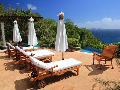 Photo for Mustique Quality Villa On Private Hope Bay. Infinity Salt Pool. Elegant Furnish