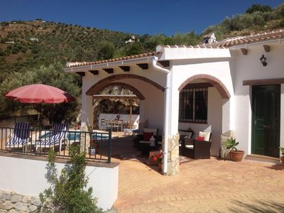 Photo for 3 bed villa with fantastic views