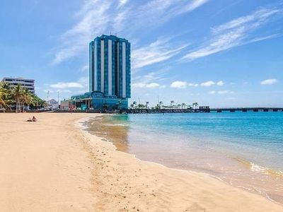 "Photo for Apartment right near the ""Playa El Reducto"" in Arrecife with Internet, Air conditioning, Lift, Parking (712461)"