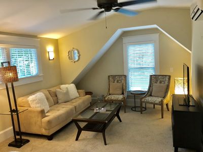 Photo for 1 Bedroom guest house in the heart of VA Highlands! Walk 2 shops and restaurants