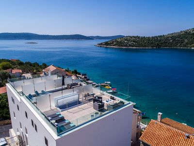 Photo for Luxury 3 Floors Seaside Apartment only 25 min from Split Airport!