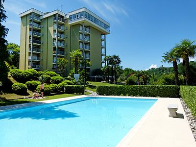 Photo for One bedroom Apartment, sleeps 4 with Pool