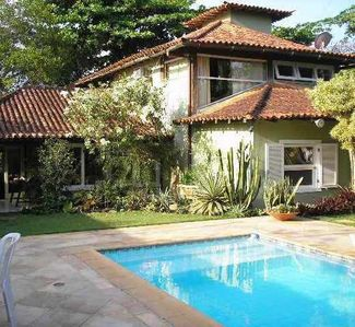 Photo for Comfortable and cozy in Manguinhos, 4 bedrooms, pool