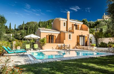 Photo for Mastrogiannis Country Retreat - private villa Levanta