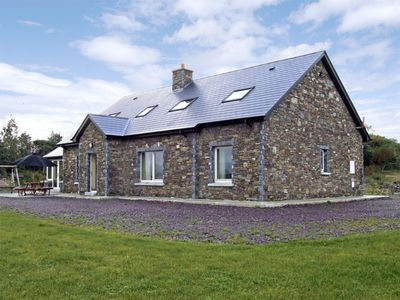 Photo for RIVER HOUSE, family friendly in Sneem, County Kerry, Ref 3740