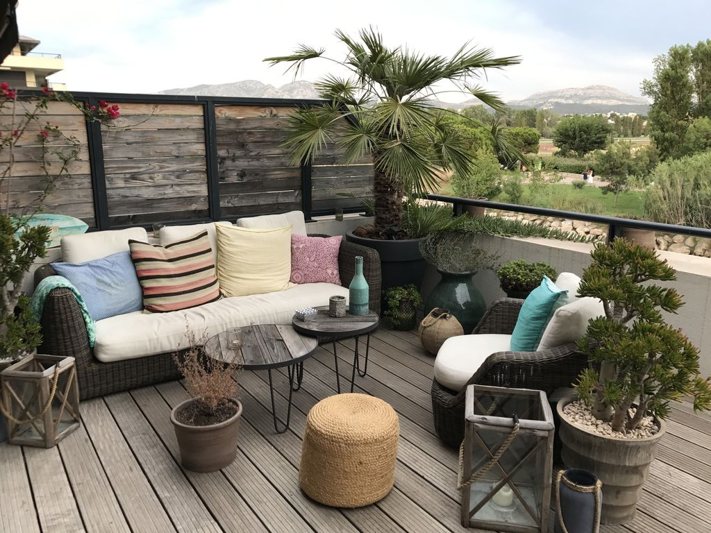 appartement terrasse bord de mer la plage location de vacances appartement avec terrasse la. Black Bedroom Furniture Sets. Home Design Ideas